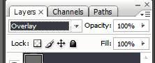 Меняем режим наложения в панели слоев на Overlay (Перекрытие) в Фотошопе