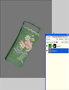 Меняем фон на прозрачный у изображения в Фотошопе
